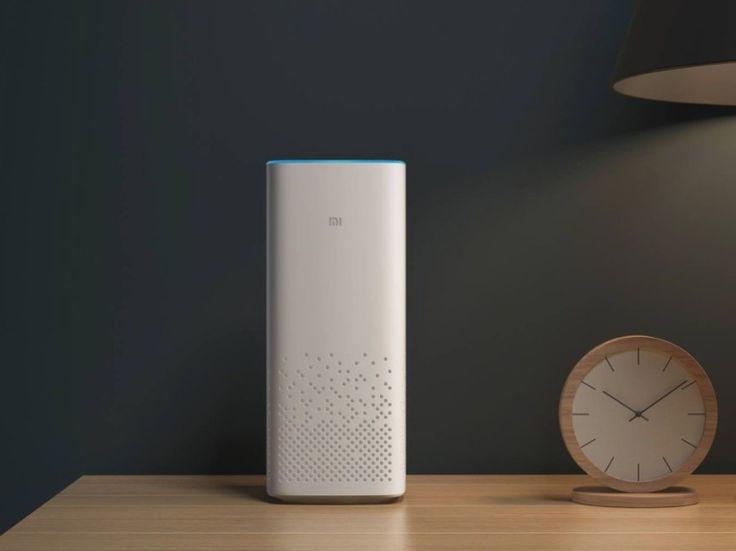Xiaomi、Amazon Echoのライバル商品を発表――国内価格は45ドル | TechCrunch Japan   さらに同スマートスピーカー経由で、Xiaomi製品のほか100社以上のパートナー企業が製造するスマートプロダクトの操作ができるとのこと。コンテンツ面では音楽やオーディオブック、童話、ラジオなどが楽しめるという。  ハード面では周囲360度の音声が拾えるよう、合計6つのマイクが搭載されている。