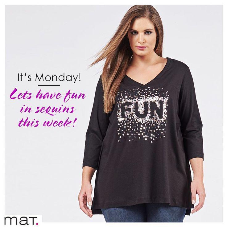 """Αυτή την εβδομάδα ανάδειξε τον πιο fashion εαυτό σου όλες τις ώρες! Μπλούζα με sequined logo """"Fun"""" ➲ code: 681.1314 #matfashion #fw1718 #funday #mondaymood #realsize #plussizefashion #psootd #sequins #fashion #trend #lovematfashion #wearecurves"""