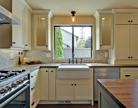 Panda Kitchen Cabinets Transitional U Shaped Taupe Kitchen White Cabinets 20 000 50 000