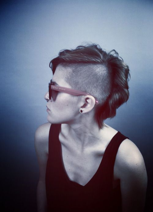a girl came into the salon today setting up an appointment to get a haircut similar to this. She was seriously gorgeous, so excited for this brave girl :)