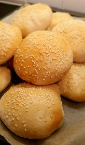 Hamburgerbröd - ZEINAS KITCHEN