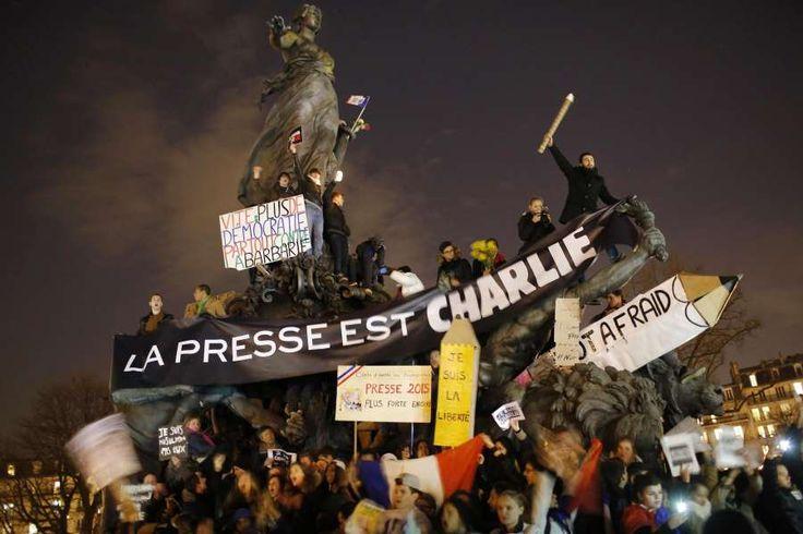 """Fusillade à """"Charlie Hebdo"""" - Live Blog Live Blogging"""
