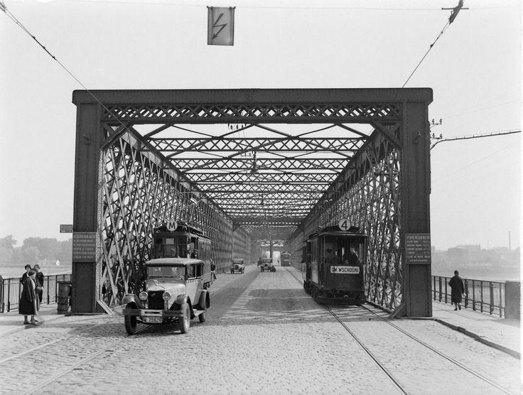 Warszawa międzywojenna. Most Kierbedzia