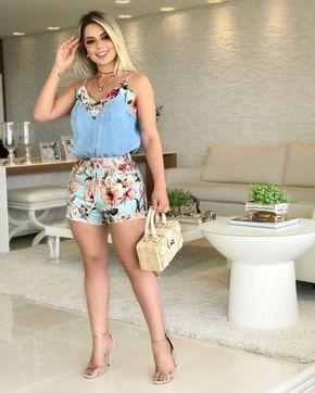 1539437dc Parece uma blusa e um short, mas é um macaquinho lindo da Lança Perfume!  💕✨ . {LANÇA PERFUME - P/PP} . #modafeminina #fashion #moda #mulher  #lojabiswear ...
