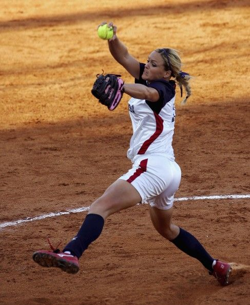 Jennie Finch... Incredible! She is just as great in person as she is on the field! I am so grateful she took time to help me with pitching :)