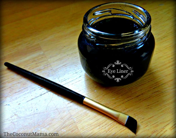 Homemade Non-Toxic Eye Liner. coconut oil, aloe vera gel, and either activated charcoal or cocoa powder