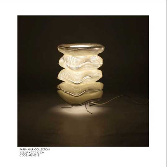 Pare Table Lamp