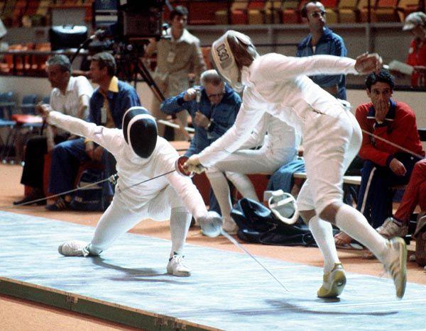 Geza Tatrallyay du Canada participe en escrime aux Jeux olympiques de Montréal de 1976. (Photo PC/AOC)