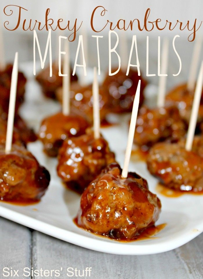 Turkey Cranberry Meatballs - a healthy delicious appetizer that everyone will love! Sixsistersstuff.com