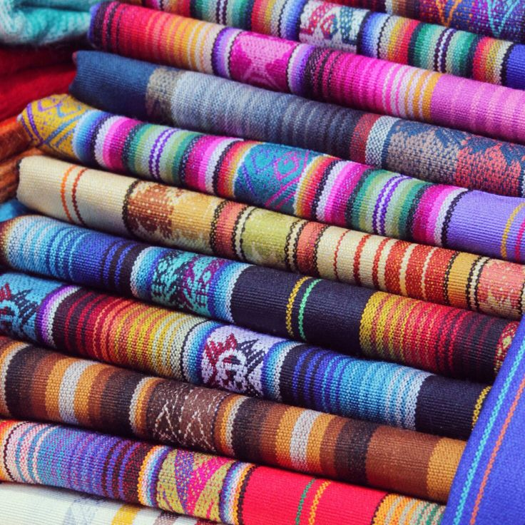 There are many beautiful colours. All our #plaids made of #alpaca from #Ecuador