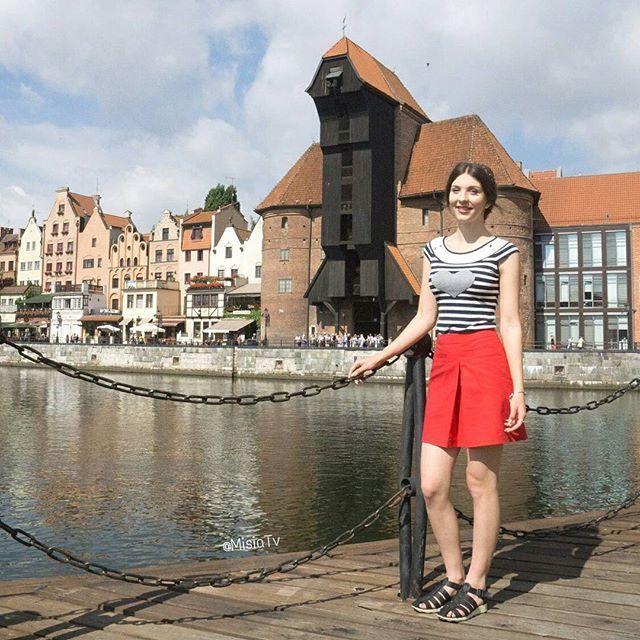 Such a beautiful city to visit in the summer 😊  #BraidedHeadband #updo #Hair #HairStyle #Braid #InstaHair  #LongHair #BellamiHair #HairInspo #SummerStyle #Extensions #Poland #Polska #HairTrend #StyleInspiration #Style #Outfit #Fashion #HairDo #HudaBeauty #Ootd #BellamiGuyTang #PerfectHairPics  #HairsandStyles #Gdańsk  #FeatureFridayStyle #MisiaTV  @hairsandstyles @bellamihair @girlstraveldiary @review_australia @portmans @wittnershoes