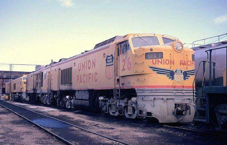 Wow Union Pacific lead engine