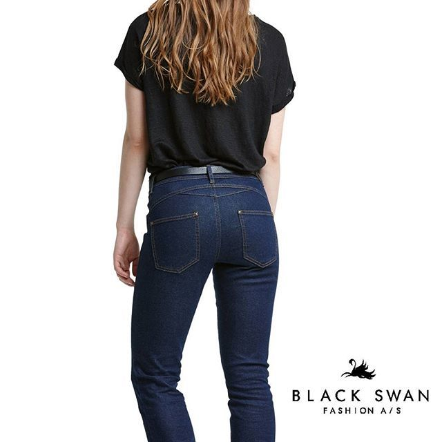 Medium high waist and a great fit. Jeans designed by women for women. #bestjeansever  #blackswanfashiondk #SS16