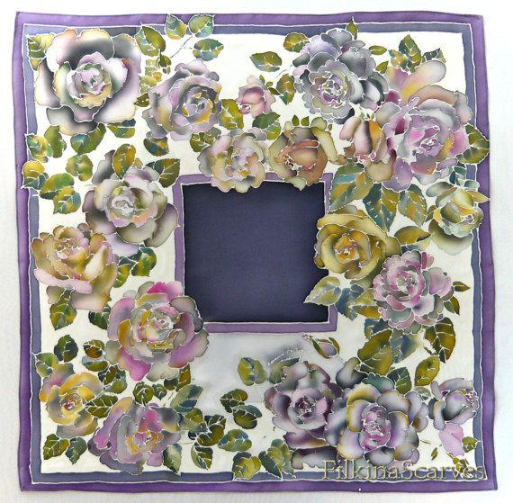 🎁 à la main peint soie Satin écharpe printemps fleurs jardin peint à la main foulard femme cadeau soie peinture Batik main mère cadeau Unique foulard  • Peint à la main foulard en SATIN soie - 100 % soie - foulard carré - 70 / 70cm (27,56/27,56) •  🎁 à la recherche d'un cadeau mémorable pour la femme aimée? @FilkinaScarves offrez vous un foulard de soie peint à la main en violet doux - luxueux à la main peint foulard carré - soie satin Col écharpe, il peut être porté comme un fou...