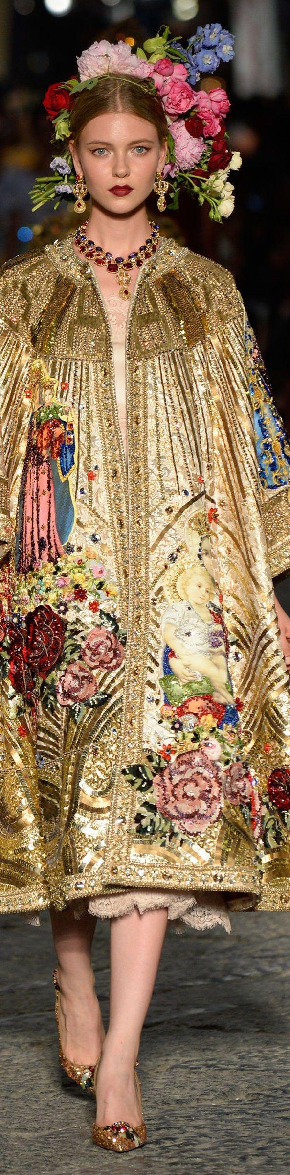 Dolce and Gabbana fall 2016 alta moda- couture