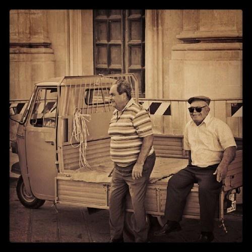 Fieri di stare sulla motoape  Instagram: paduavincenzo  #sciclidigitale #Italy #Sicily #instagram