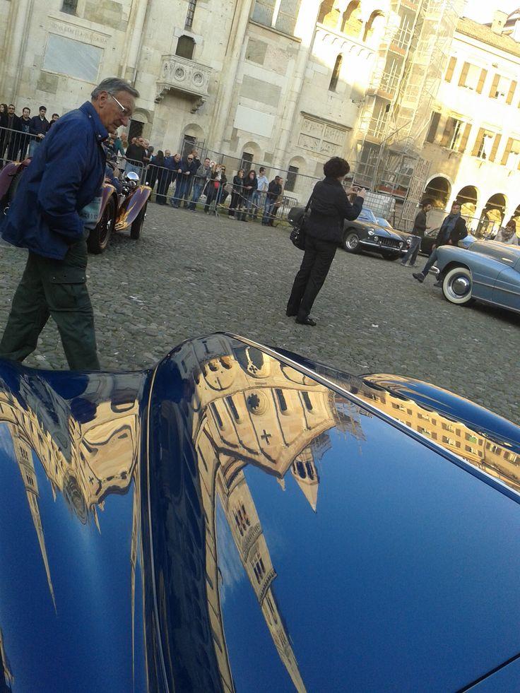"""Concourse d'elegance """"Trofeo Salvarola Terme"""" - la premiazione in Piazza Grande a Modena"""