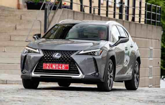 2019 Lexus Nx300 Dimensions 2019 Lexus Nx300 Dimensions The Lexus Nx Is A Compact Crossover Offering Spectacular Design And Perfor Lexus New Lexus Lexus Lineup
