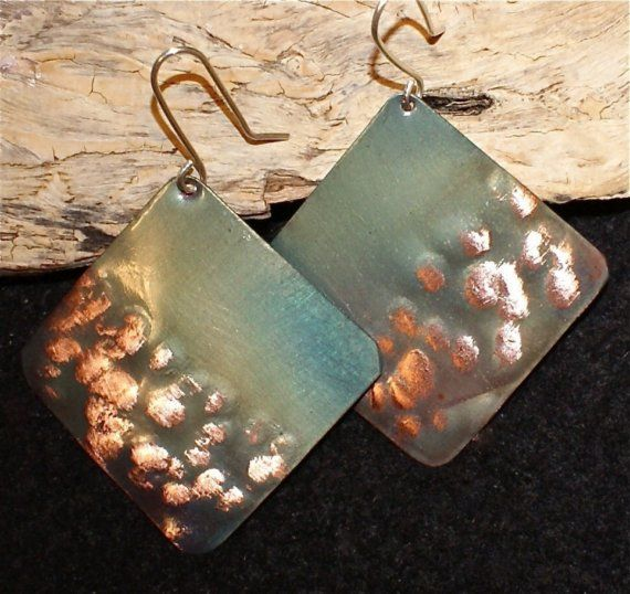 Hammered copper earrings  green square copper jewelry by Dawily, $22.00: Squares Copper, Copper Jewelry Earrings, Jewelry Inspiration, Hammered Earrings, Copper Earrings, Hammered Copper, Green Squares, Jewelry Ideas, Earrings Green