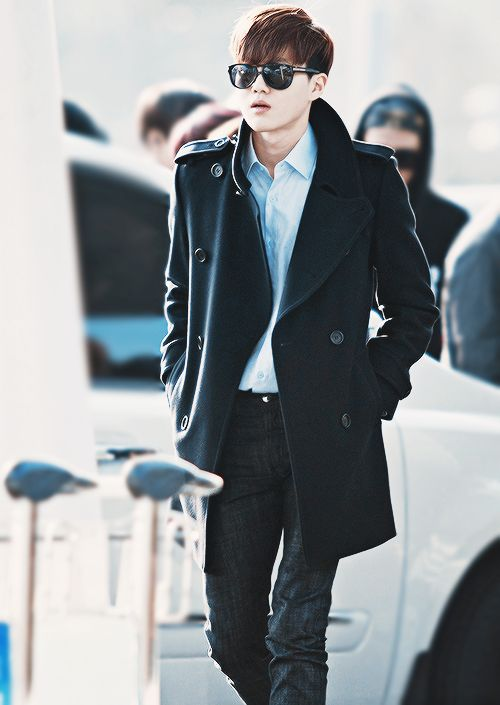 Suho just looks like he has a lot of money...