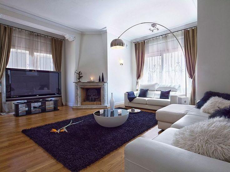 Dream Villa Rentals Around the World : Condé Nast TravelerEUROPE  VILLA TERRAZAS  Barcelona, Spain      Six bedrooms; from $10,000 per week. Contact Mary Vaira, El Sol Villas.