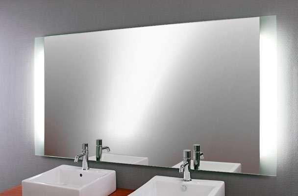 Badezimmerspiegel Mit Beleuchtung In 2020 Badezimmerspiegel