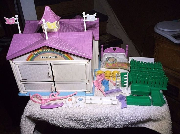 Vintage Hasbro My Little Pony Show Stable With  Accessories 80's #Hasbro