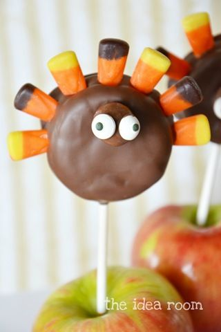 Turkey Oreo Pops 2wm