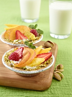 "Fruit Tartlets & ""Pistachiogurt"" Ideal Meal"