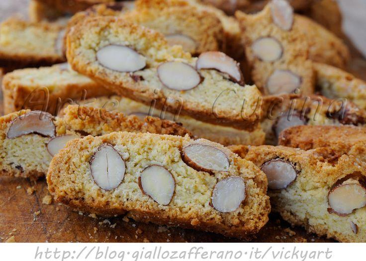 Scroccadenti romagnoli ricetta biscotti facili, biscotti alle mandorle, ricetta tipica, biscotti da intingere, dolci da merenda,dopo cena, biscotti veloci, ricetta tipica