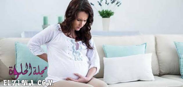 هل الإفرازات الصفراء تسبب الإجهاض سؤال شهير تبحث عن إجابته كل سيدة حامل حيث تظهر بعض الإفرازات مع بداية فترة الحمل وقد In 2021 T Shirts For Women Women S Top Women