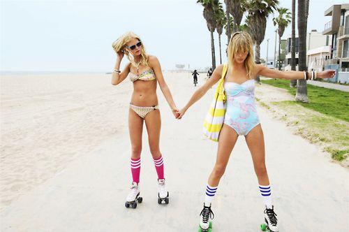 Rollerblading; Beach style