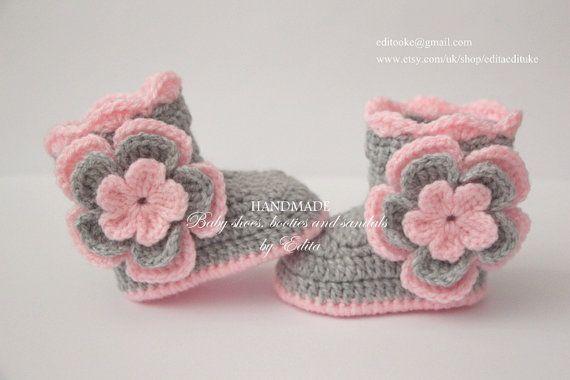 Crochet baby set stivaletti e cappello scarpe di EditaMHANDMADE