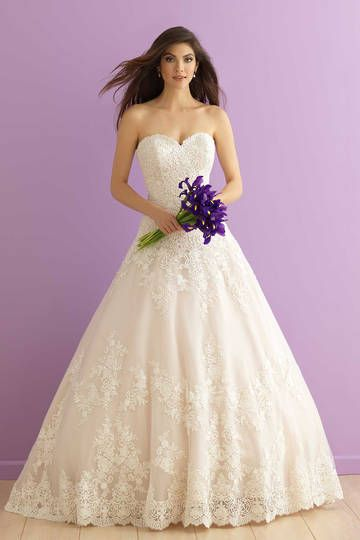 Allure Bridals 2917, princess ball gown lace strapless