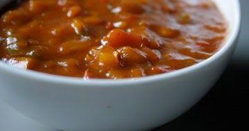 Foto Lana Joos   Een pittige saus boordevol lekkere groentjes. Ideaal voor bij de BBQ, fondue, steengrill, gourmet, of gewoon bij rijst en...