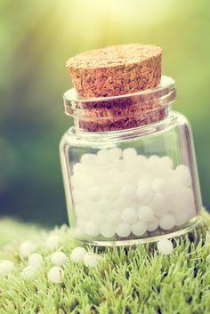 Mit homöopathischen Globuli gesund abnehmen? Wie uns die kleinen Kügelchen helfen...
