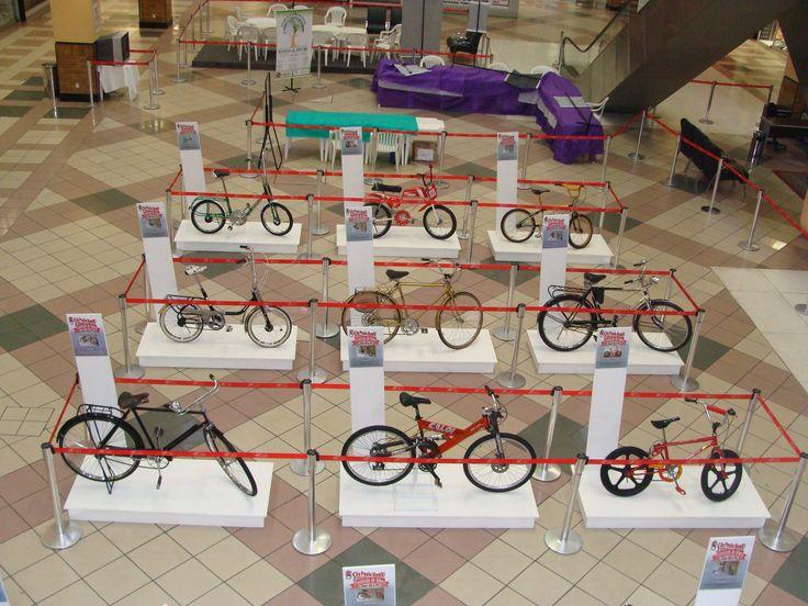 """Durante todo o mês de outubro, o Shopping Center D, promove o evento """"Exposição de Bicicletas Antigas – dos anos 40 aos anos 90"""". A mostra, que descreve a evolução das bicicletas ao longo de cinco décadas, estará no piso 1 do empreendimento e reúne 12 modelos diferentes de bicicletas, cuja data de fabricação e...<br /><a class=""""more-link"""" href=""""https://catracalivre.com.br/geral/agenda/barato/no-dia-das-criancas-va-a-exposicao-de-bicicletas/"""">Continue lendo »</a>"""