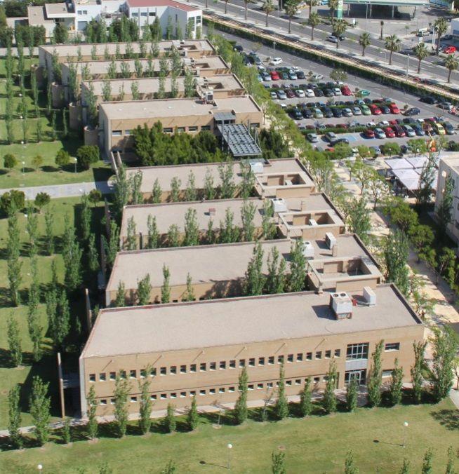Escuela Politécnica Superior II y III. http://www.eps.ua.es/es/estudios/grados.html