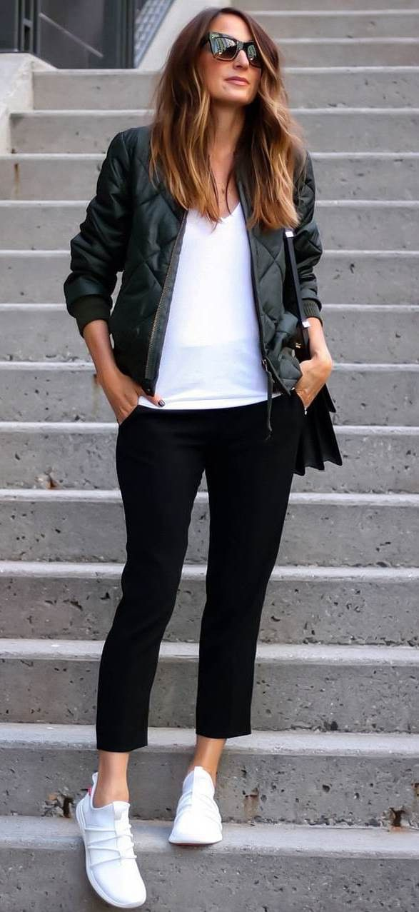 pretty nice 35f9f 95e57 The 30+ Best Outfit Ideas for Spring 2018   Fashion Trends   Sneakers  fashion, Womens fashion sneakers, Sneaker outfits women