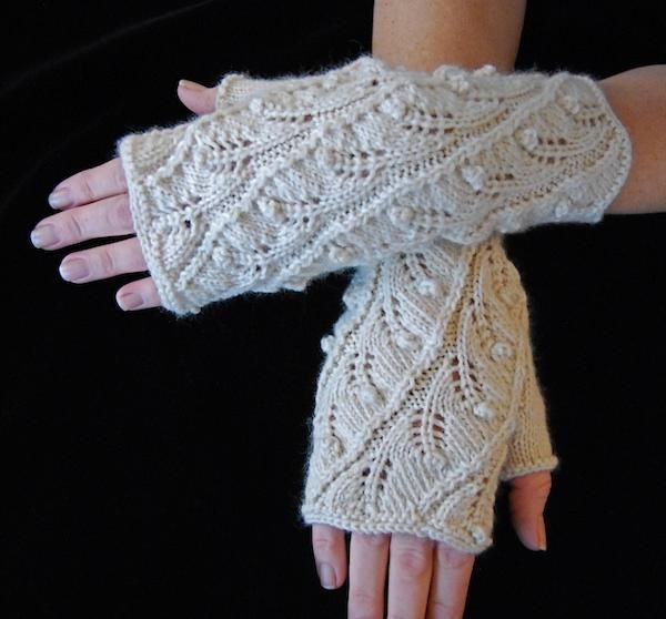 Fingerless Gloves Knitting Pattern Dk : 1000+ images about Knit - Armwarmers, gloves, fingerless ...