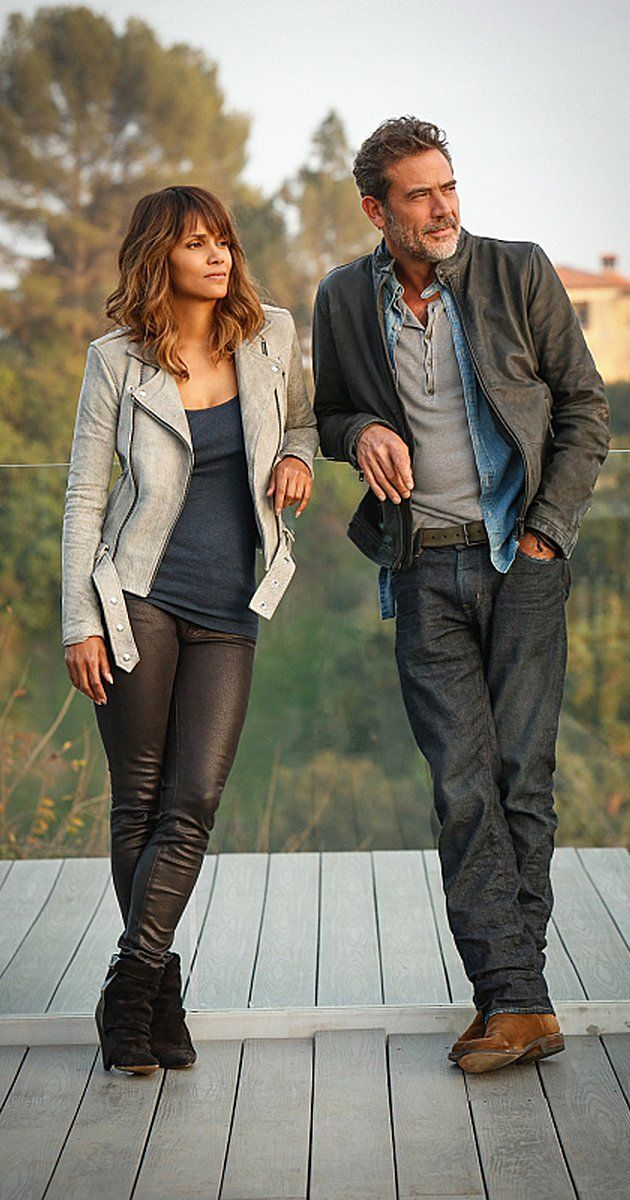 Jeffrey Dean Morgan and Halle Berry in Extant