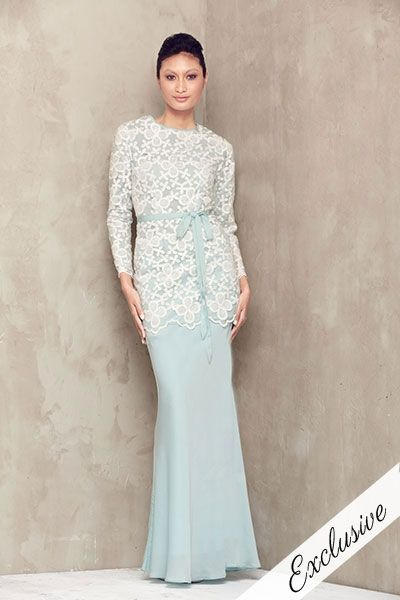 combination of the colour is nice. Organza Lace Baju Kurung - Mint