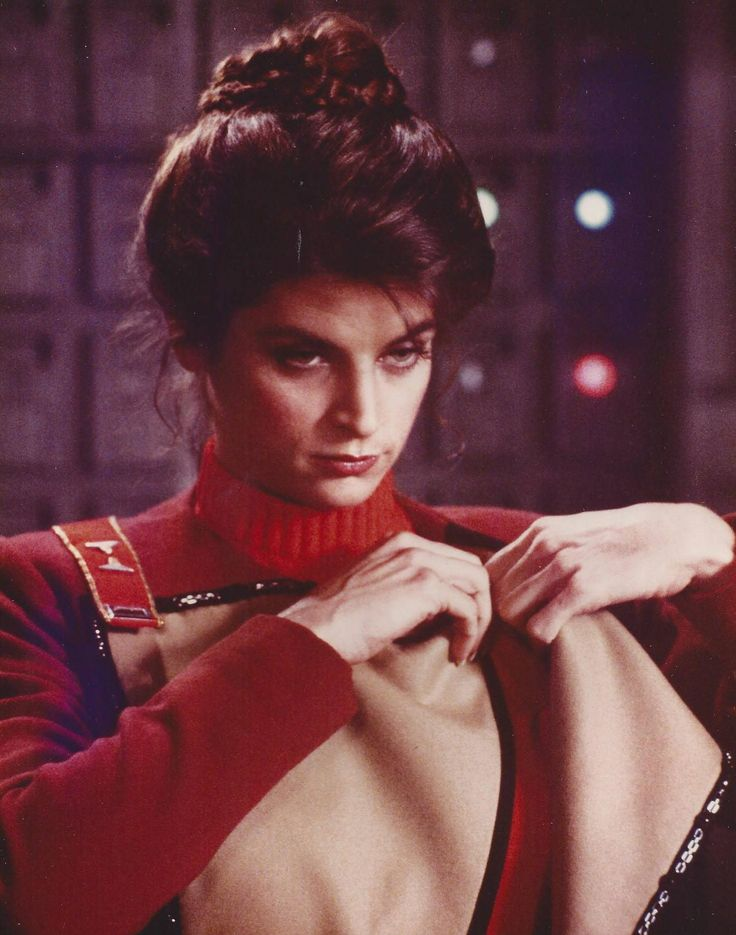 gangsta-tattoos-kirstie-alley-in-bondage-small