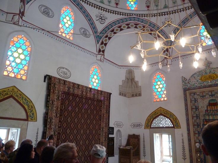 A shot inside the mosque.