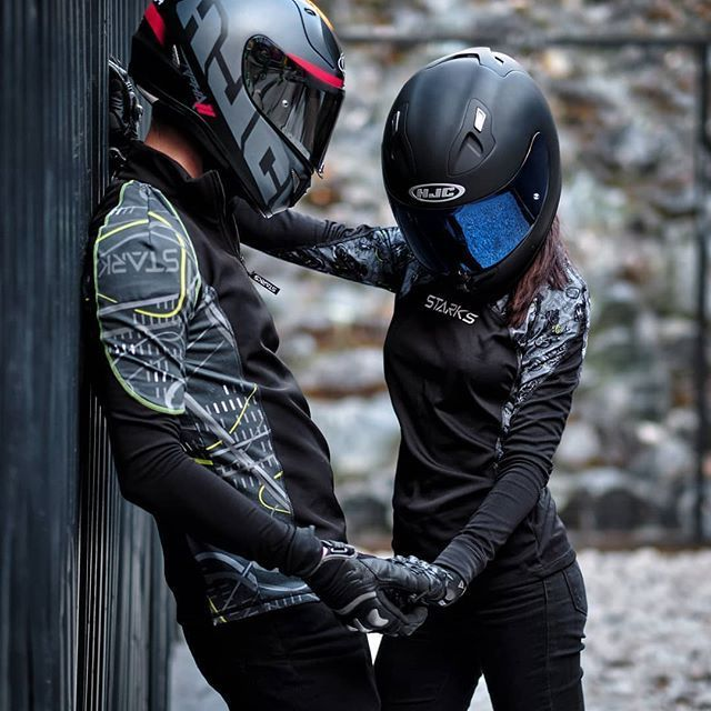 Classic Cars Old Classic Cars Gallery In 2020 Biker Couple