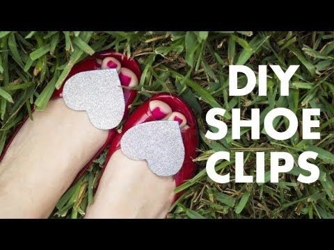 DIY Glitter Shoe Clips - super cute idea for my daughter's shoes