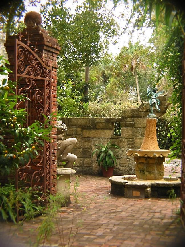 26 Best Images About Rustic Old Fashioned Courtyard On