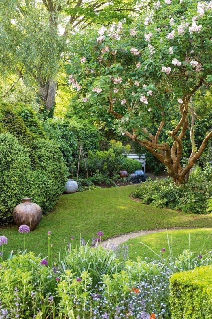 30 Best Front Yard And Backyard Landscaping Ideas on A Budget #FrontYardLandscaping        #Backyard