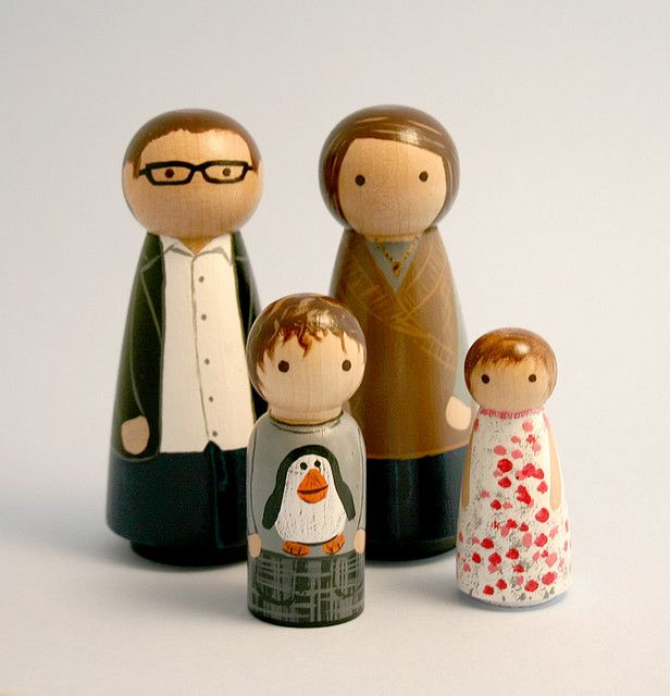 i really need our little family of 6 in peg doll form.