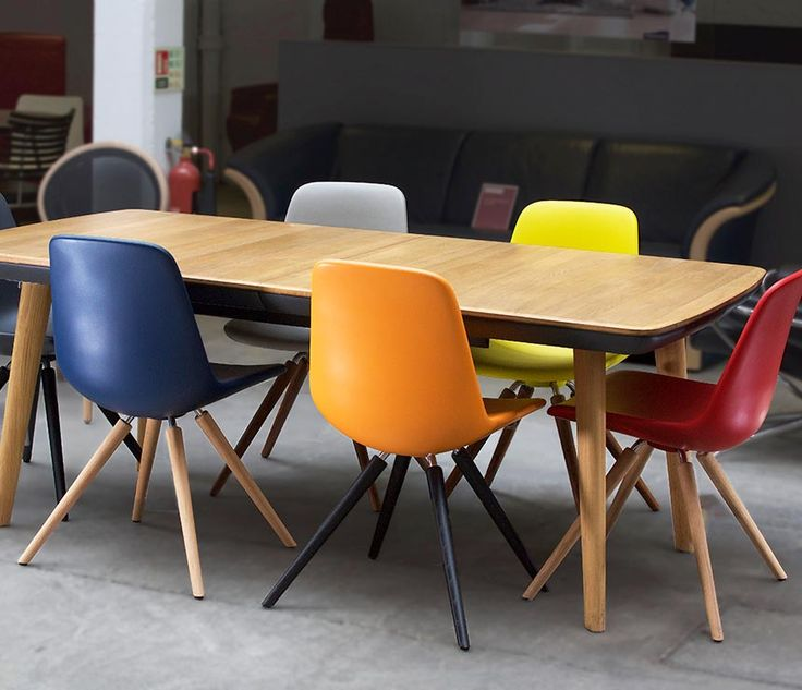 Team7 Flaye dining table at the Wharfside Shoreditch showroom